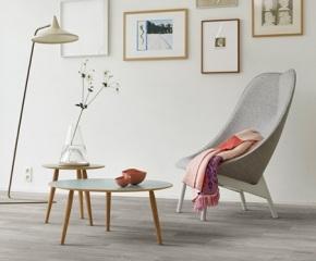 751_Interfloor-Dynamic-Wood_Dessin-270_Huiskamer-greige-pvc-planken-vloer